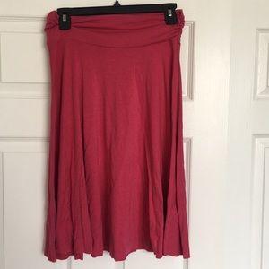 mid length knit skirt